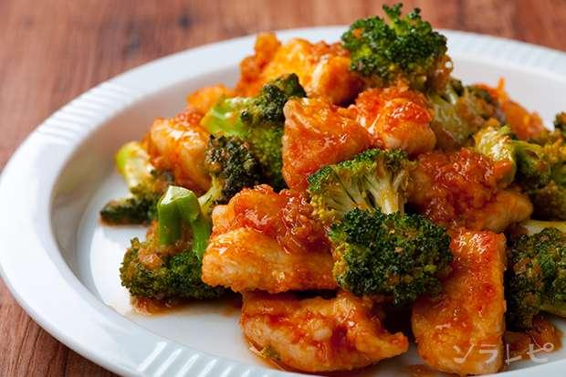 鶏肉とブロッコリーのチリソース炒め_main1