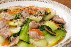 チンゲン菜と豚肉のあんかけ風炒め