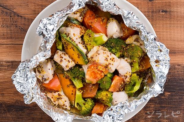 鶏肉と緑黄色野菜のハニーマスタード蒸し_main2