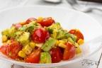 ミニトマトとアボカドのサラダ