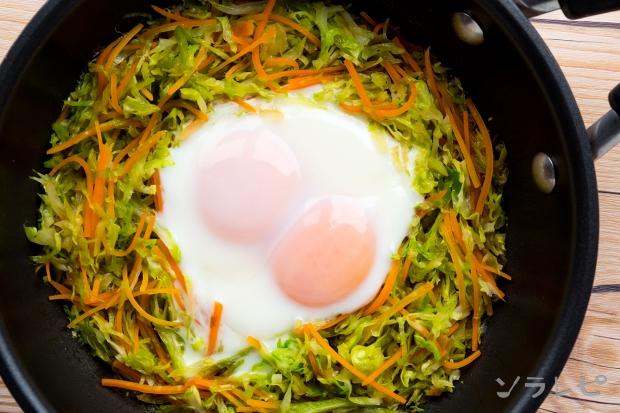 キャベツの巣ごもり卵