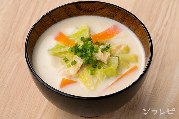 キャベツの牛乳入り味噌汁_main1