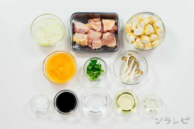 鶏肉と焼き麩の玉子とじ丼_main3