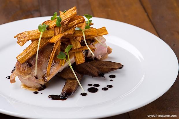 鶏もも肉のソテー焦がしバターバルサミコソース添え_main1
