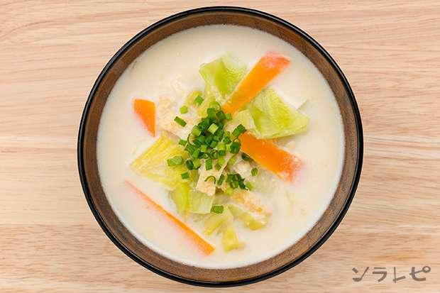 キャベツの牛乳入り味噌汁_main2