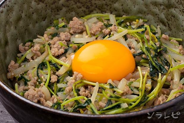 もやしと豆苗の味噌炒め丼_main1