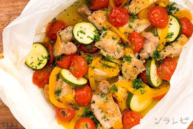 夏野菜と鶏肉の包み焼き_main2