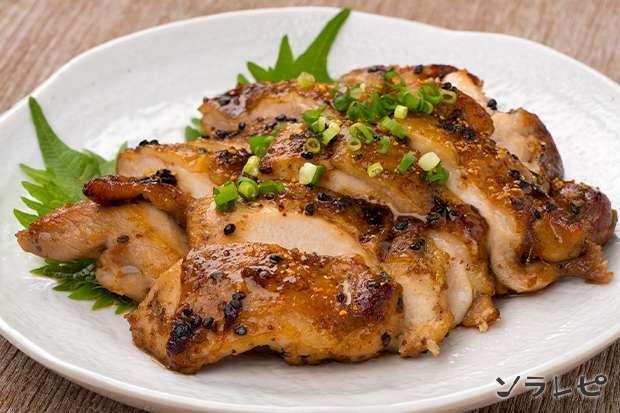 鶏肉のごま七味照り焼き_main1