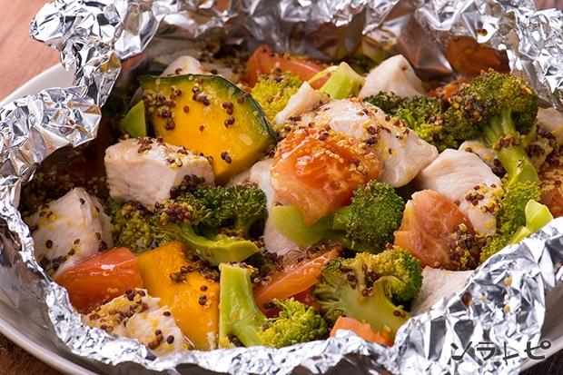 鶏肉と緑黄色野菜のハニーマスタード蒸し_main1