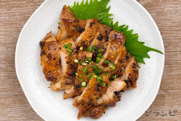 鶏肉のごま七味照り焼き_main2