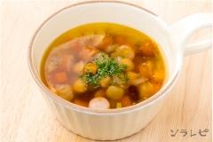 豆とソーセージのスープ