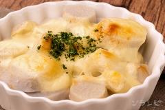 里芋のチーズ焼