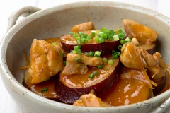 鶏肉とさつま芋のコチュジャン煮