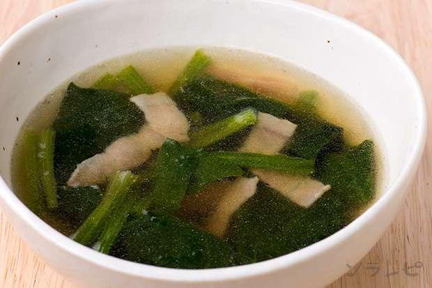ほうれん草とベーコンのスープ_main1
