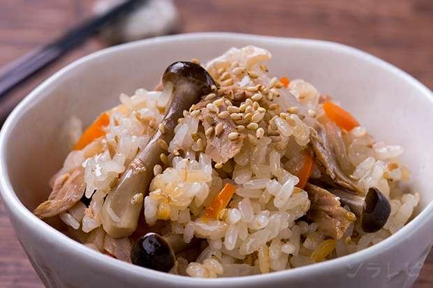 ツナと根菜の炊きこみご飯_main1