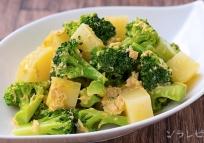 ジャガイモとブロッコリーのカレーサラダ
