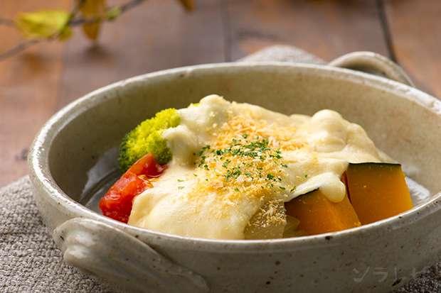 蒸し野菜のホワイトソースがけ_main1