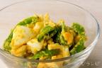 スナップエンドウと卵のマスタードサラダ