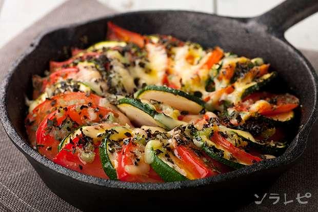 ズッキーニとトマトの重ね焼き_main1