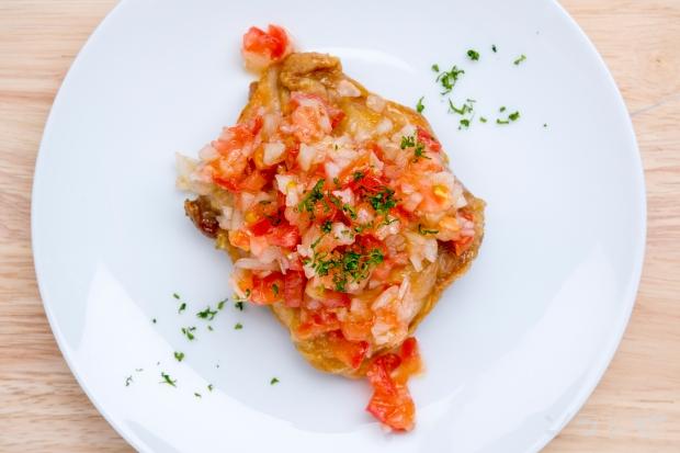 トマトソース添えチキンソテー_main2
